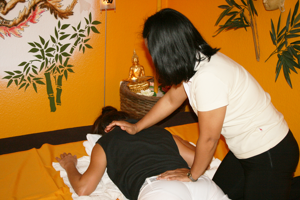 massage i silkeborg thai massage holte